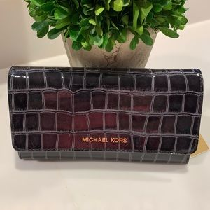 MICHAEL KORS PATENT LEATHER CROC EMBOSSED WALLET
